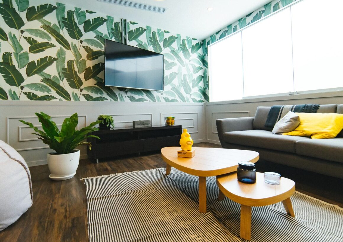 Der er mange fordele ved at hænge tv'et op på væggen.
